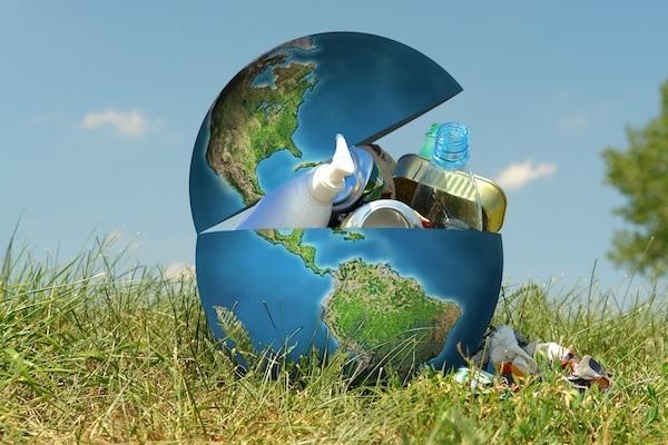 Земля перетворюється на Планету сміття
