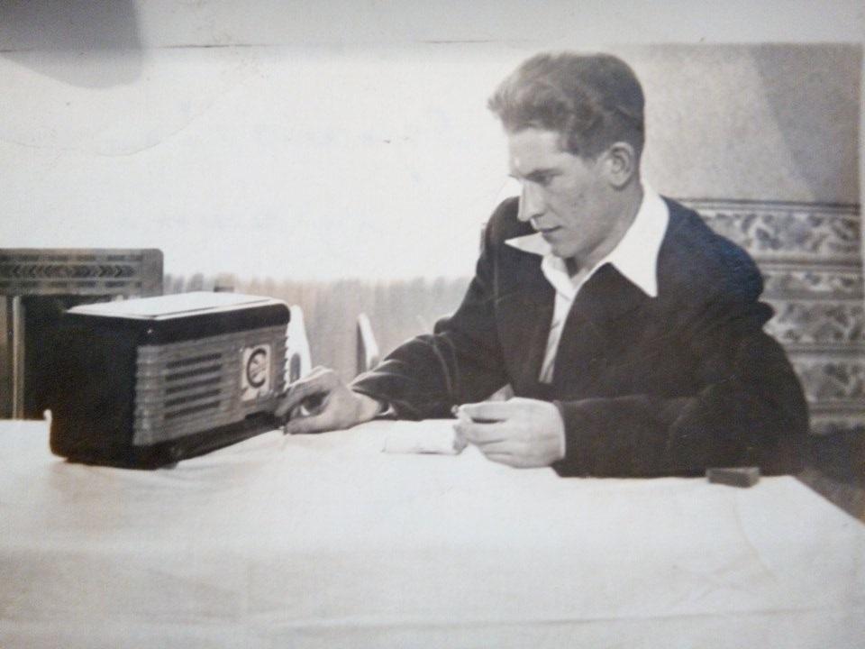 Перше фото Степана Петраша, яке він надіслав Богданці з заслання 