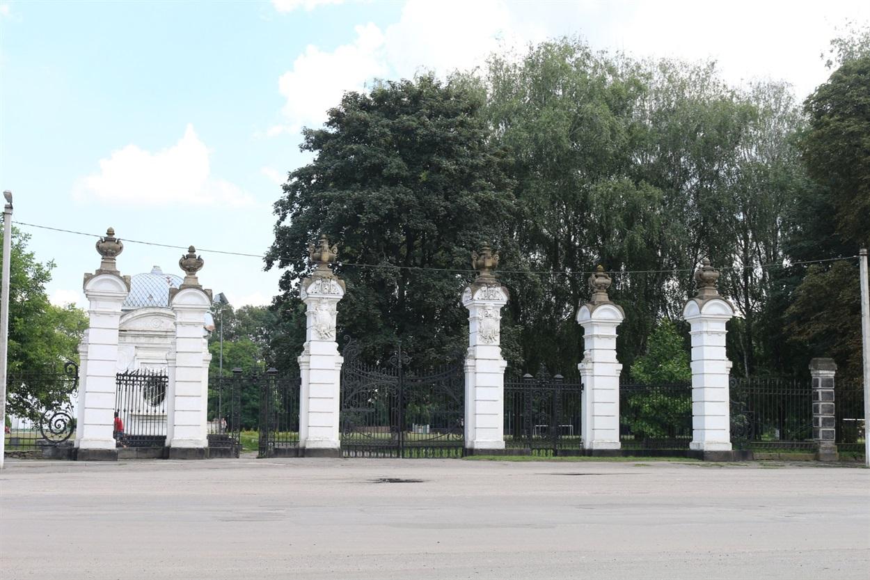 Західні ворота