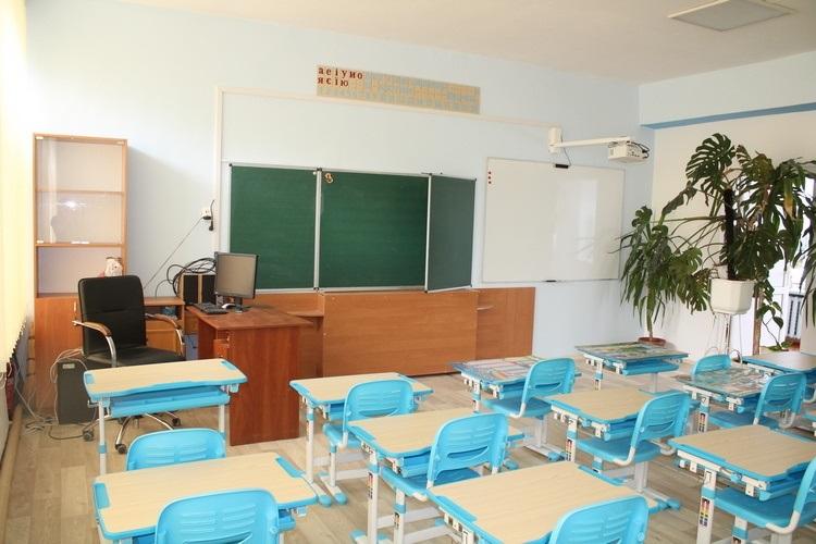 З бюджету громади у дві міські школи купили проектори та мультимедійні дошки на 46 000 гривень