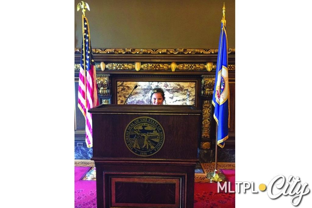 София в кабинете губернатора штата Миннесота, 2017 год