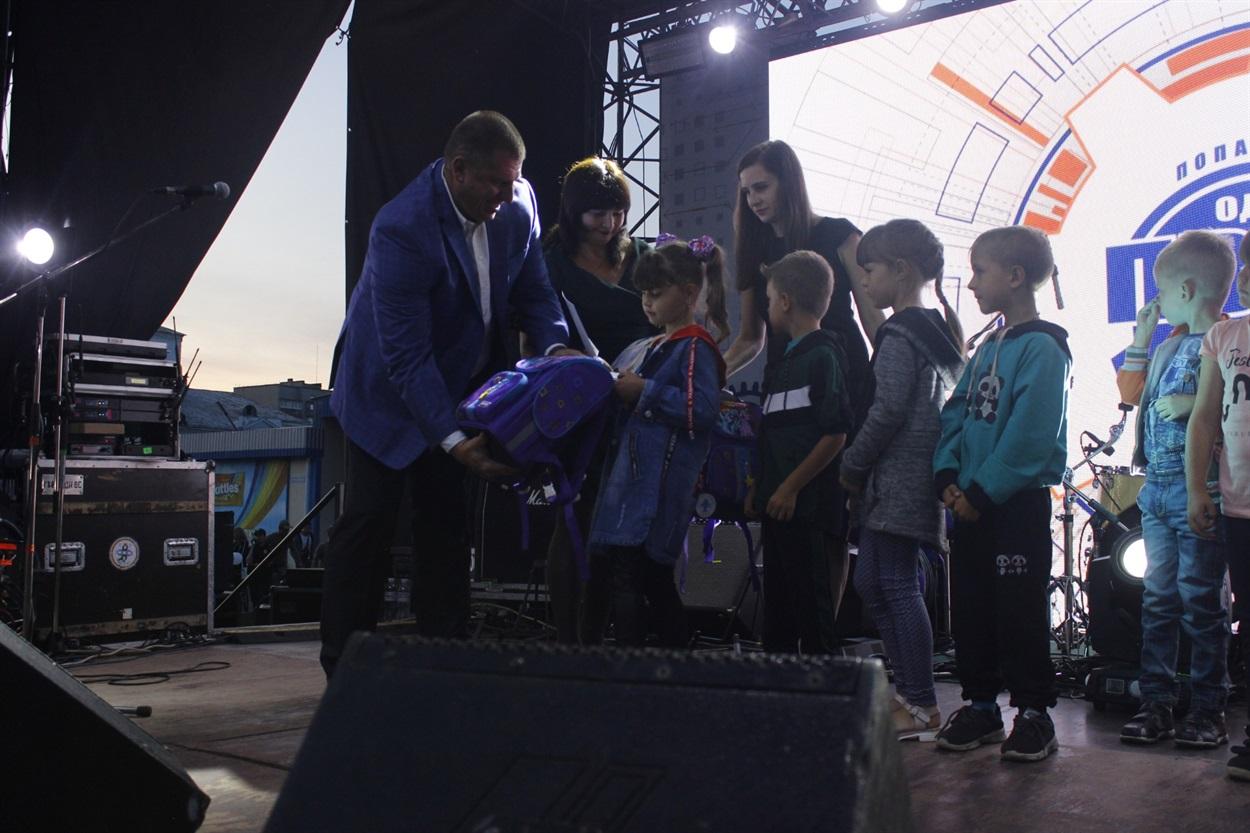 Дітям сподобались подарунки