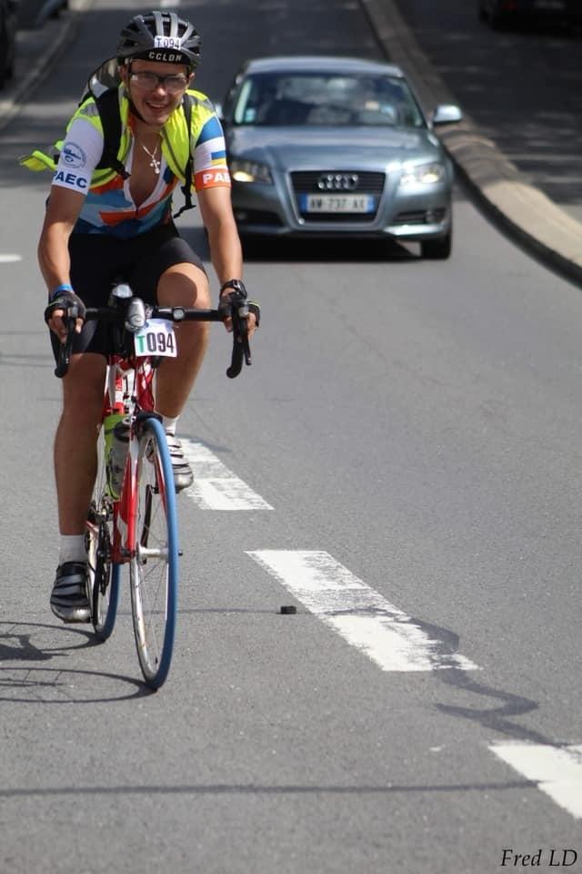 Станіслав Харечко під час велогонки