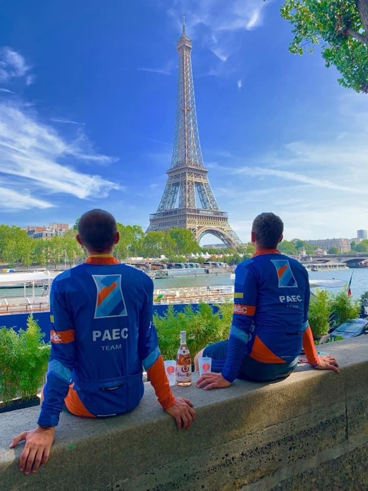 ПредставникивелокомандиРAEC-team у Парижі
