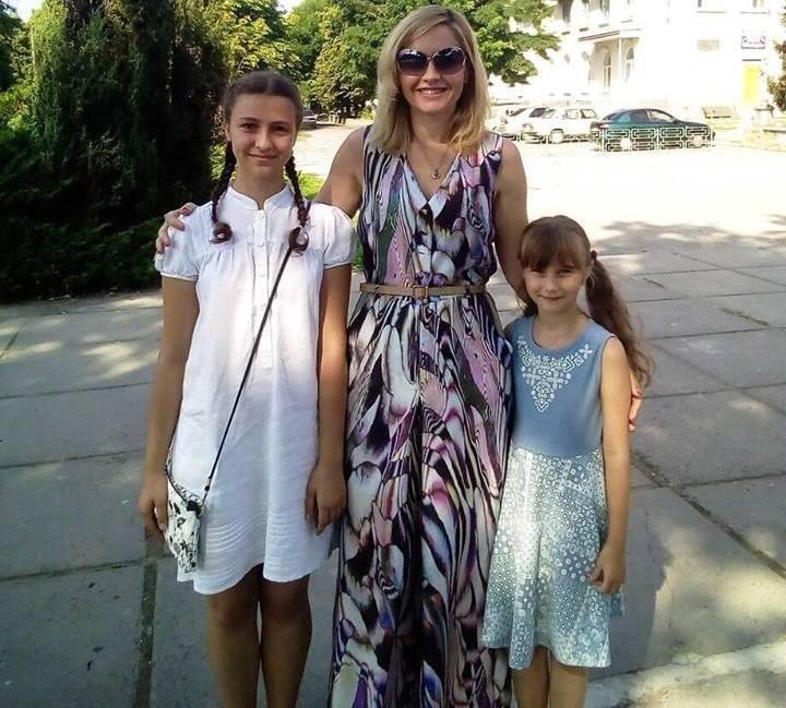 Поліна і Лідія Лищенки із чемпіонкою світу Наталією Жуковою у Каховці торік