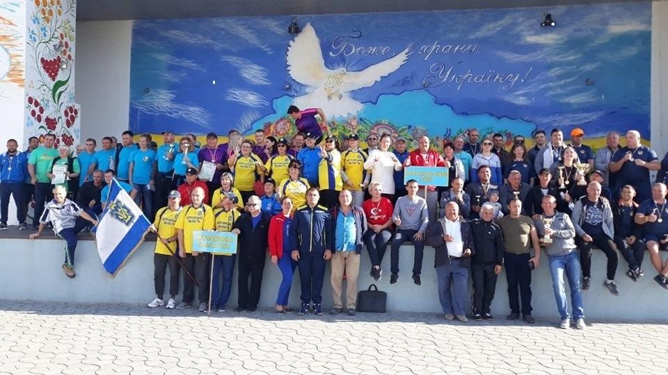Спільне фото на згадку всіх учасників спартакіади