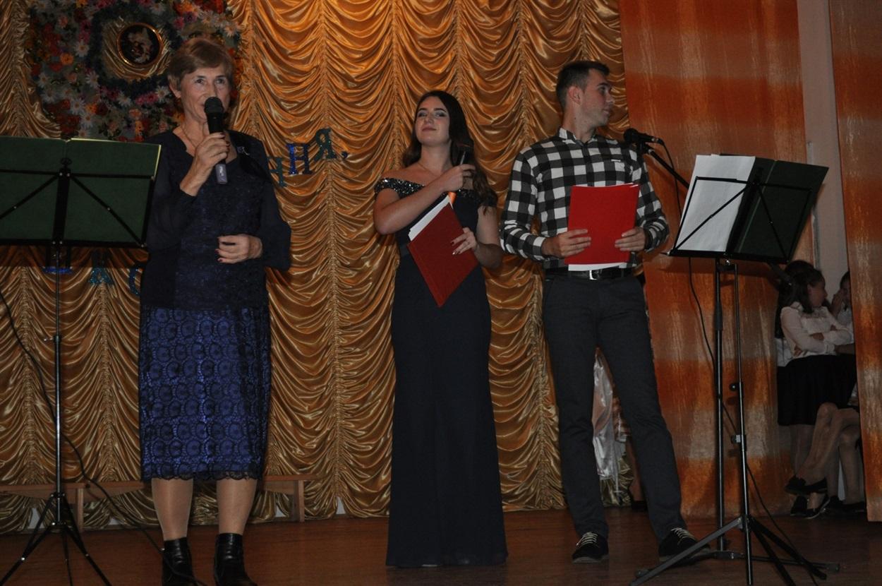 Ірина Сидорів, директор Кропивницької ЗОШ (1990-2015 роки)