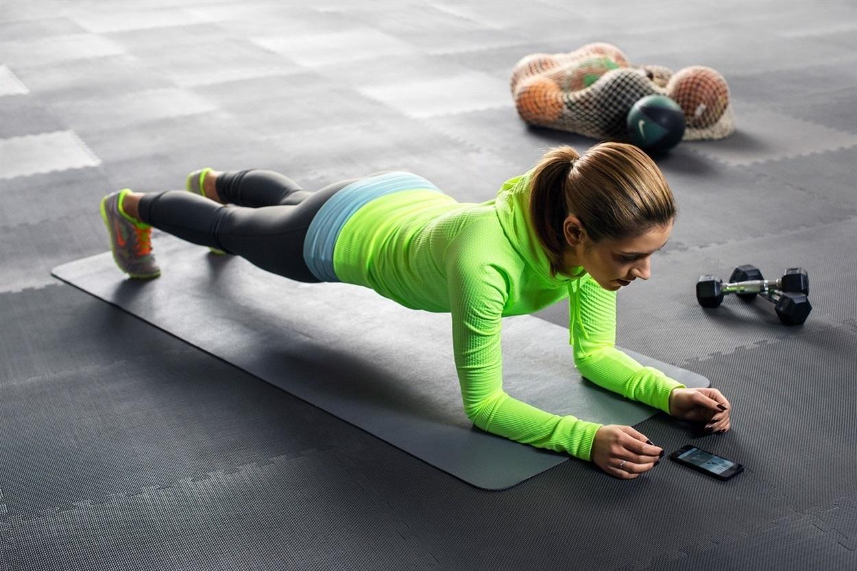 Упражнение планка для похудения живота фото