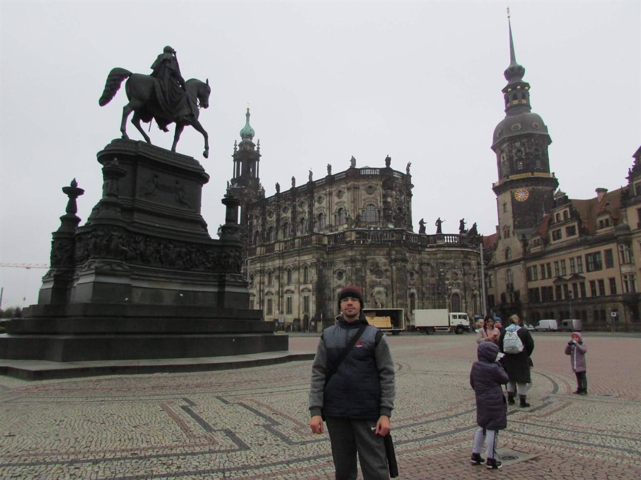 Дрезден впечатляет архитектурой
