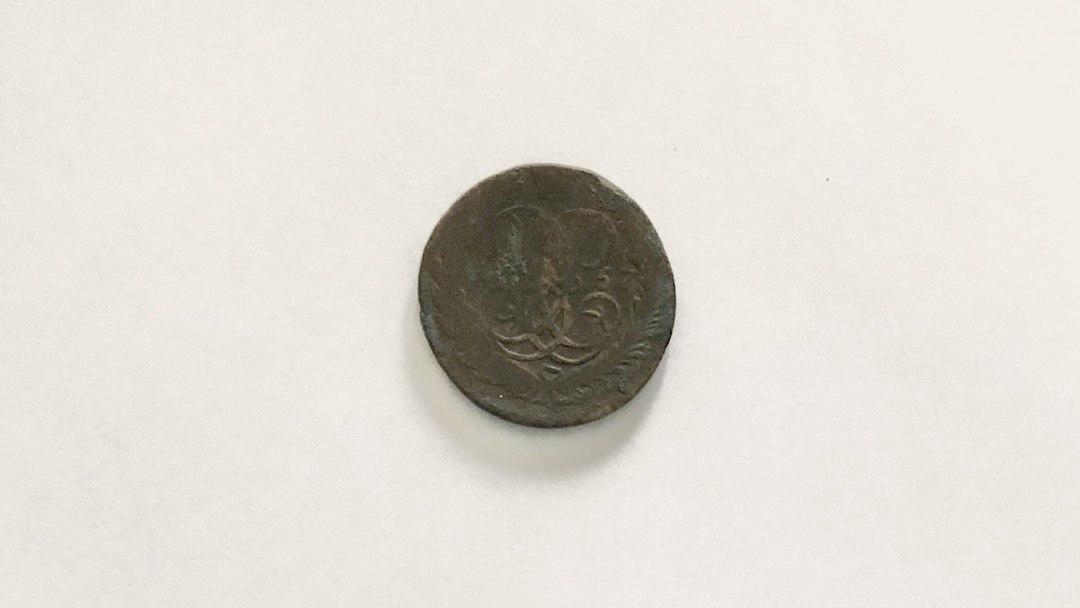 Під час реконструкції будівлі на горищі знайшли монету часів Єлизавети (1757 року)