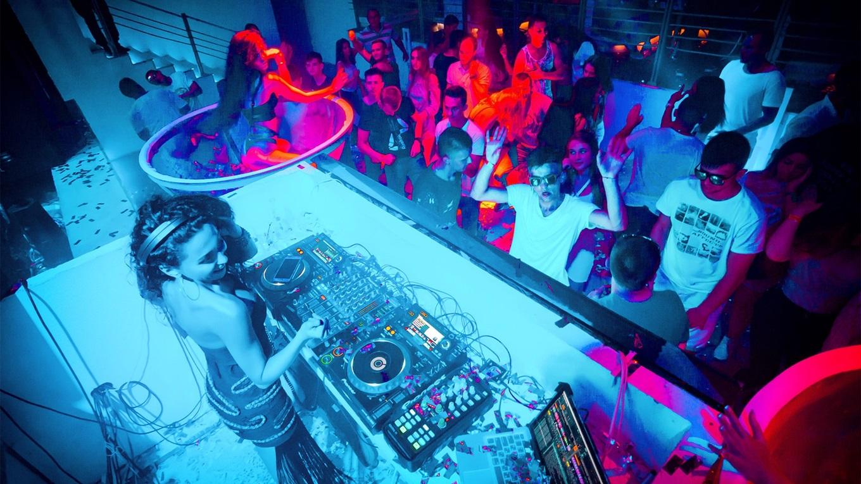 Сколько стоит сходить ночной клуб ночь ночной клуб курск