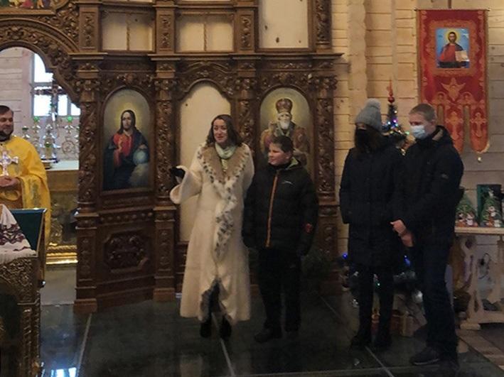 Анна Кузьменко-Лебедівська вітала дітей із Чопилок зі святом Миколая