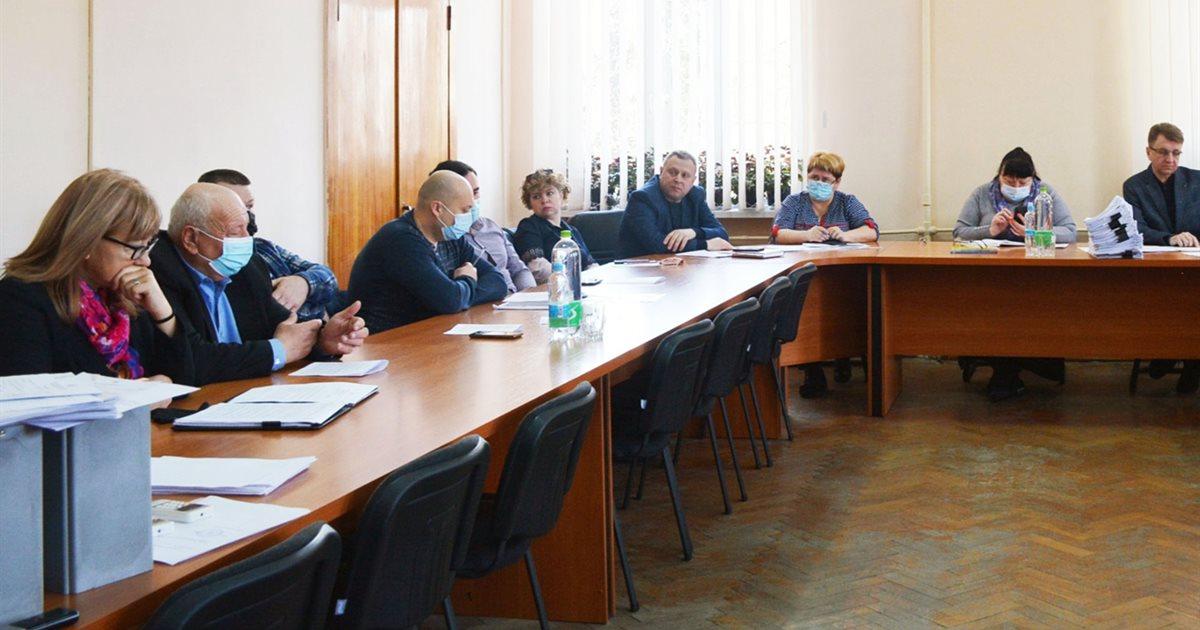 Депутати Золотоніської громади вирішили пришвидшити будівництво пам'ятника загиблим захисникам
