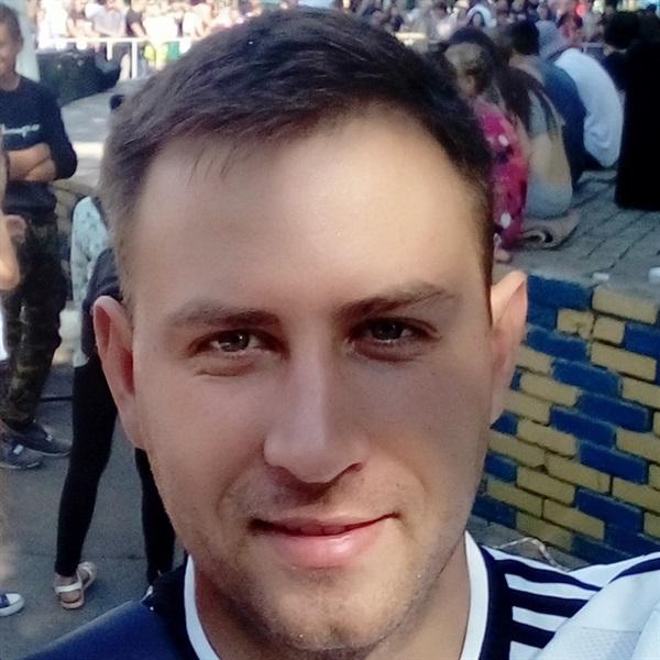 Павел Ештокин